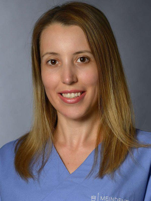 Janjic-Milena-Kinderzahnärztin bei KINDERDENTIST