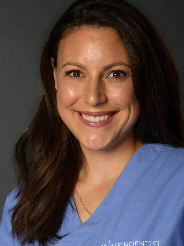 Dr. Alexandra Rausch - Kinderzahnärztin bei KINDERDENTIST Potsdam